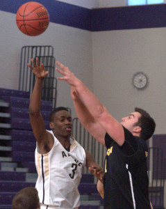Souhegan basketball knocks off Alvirne to open Chick-fil-A Holiday Tournament