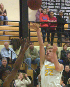 Pembroke boys basketball holds off Souhegan to remain undefeated