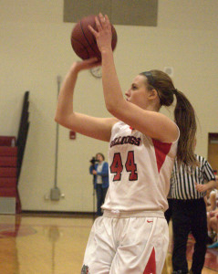 Bedford girls basketball hangs on to beat Pinkerton