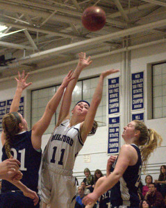 Milford beats St. Thomas to advance to D2 girls basketball semifinals