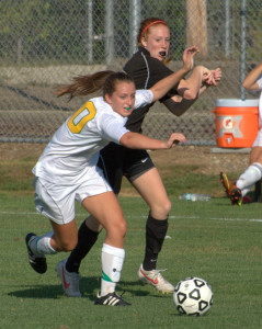 Bedford girls soccer scores late to knock off Bishop Guertin