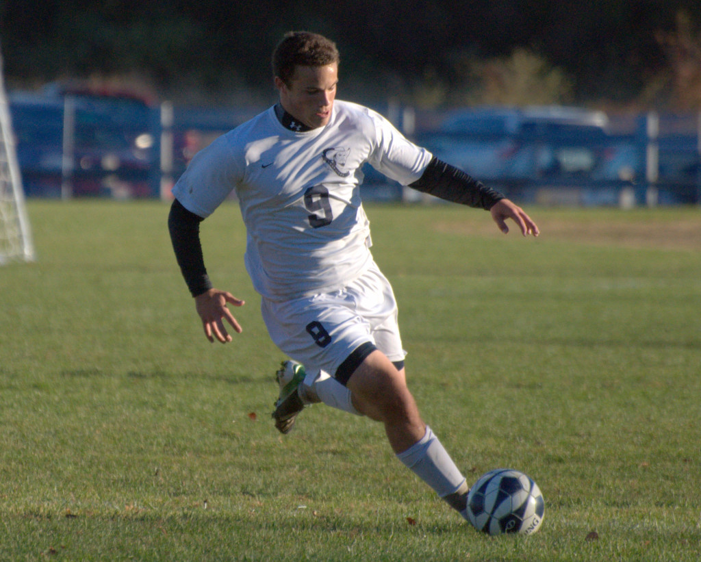 Cole Owens enters his senior year at Hollis Brookline with high hopes for the boys soccer team.